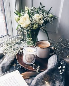 Coffee, flowers, coffee and cozy, spring, fashion But First Coffee, I Love Coffee, Coffee Break, My Coffee, Morning Coffee, Coffee Cafe, Coffee Drinks, Lady Laura, Pause Café