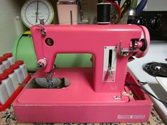 ain't she sweet? | pink vintage sears kenmore sewing machine
