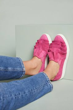 https://www.anthropologie.com/en-gb/shop/seychelles-quake-sneakers?category=sale-shoes-accessories&color=066&quantity=1&size=38&type=REGULAR