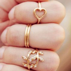 $1.99 4Pcs/set Ring Cute Heart & Leaf Shaped Ring Boho Ring Gold Plated Ring - BornPrettyStore.com GET 10% OFF WITH THIS CODE: SCT10