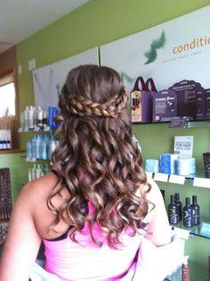 <3 prom hair