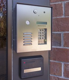 Access Control devices by Dash Symons are of wide variety. They have high end devices that create customized solutions for your premises that will secure your property.