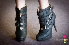 Wild Rose Netty-05 Buckle Shearling Ankle Bootie - Shoes 4 U Las Vegas
