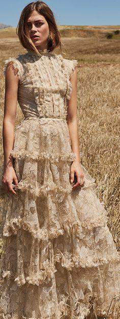 super ideas for wedding guest skirt cap sleeves Look Boho, Bohemian Style, Boho Chic, Bohemian Gypsy, Bohemian Outfit, Bohemian Clothing, Chic Clothing, Couture Dresses, Fashion Dresses