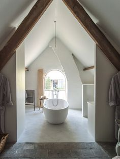 myidealhome:  travel tuesday: bathroom bliss (via The Little Monastery)