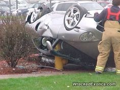 Porsche 911 996 Turbo crashed in Downers Grove, Illinois