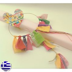 λαμπάδες - Αναζήτηση Google Easter Projects, Easter Crafts, Greek Easter, Palm Sunday, Diy And Crafts, Easter Candle, Candles, Amelie, Spring