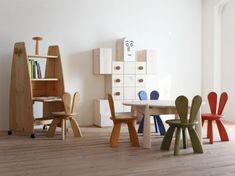 Hiromantsu is a Japan company which manufactures ecological furniture to furnish every room in your home.