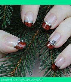 christmas nail art designs by Joao.Eca - Pam Ogle Walker christmas nail art designs by Joa Fancy Nails, Love Nails, Pretty Nails, Cute Christmas Nails, Xmas Nails, Christmas Manicure, Christmas Night, Valentine Nails, Christmas Parties