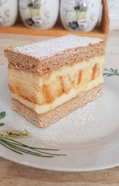 Piskótatekercses mézes süti, ezt a csodás finomságot nem lehet megunni! - Egyszerű Gyors Receptek European Cuisine, Perfect Food, Nutella, Tiramisu, Good Food, Food And Drink, Cooking Recipes, Sweets, Snacks