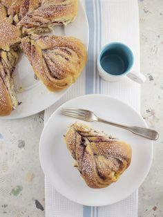 Life's a feast: Nutella or Jam Brioche Flower Bread