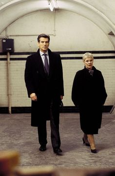 "James Bond (Pierce Brosnan) and M (Judi Dench) at a secret meeting to discuss their newest dilemma in ""Die Another day"" (2002)"