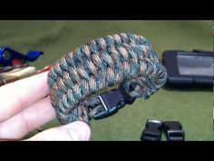 "http://www.Paracordist.com   https://twitter.com/#!/Paracordist  http://www.facebook.com/Paracordist  Paracordist's How To Make the Ladder Rack Knot Paracord Bracelet is my modification to the ""Ladder Rack"" knot I learned from Bud Brewer's tutorial from KHWW website http://www.khww.net/articles.php?article_id=85"