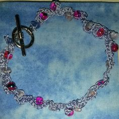 pretty ankle bracelet in periwinkle with flowers and pink beads