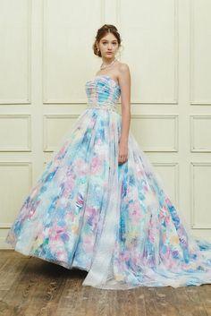 no.23774 - COLOR | 新宿でウェディングドレスをレンタルするならブライダルサロンHANA