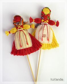 Buy At Shrovetide Dolls, Russian, Folk Kitchenware Ideas Cutecutlery - Diy Crafts Art For Kids, Crafts For Kids, Arts And Crafts, Doll Crafts, Yarn Crafts, Corn Husk Dolls, Diy Crafts How To Make, Yarn Dolls, Crochet Decoration