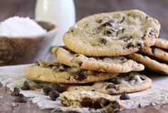 Recipe for chewy chocolate chips cookies flavored with sesame paste. Chewy Chocolate Chip Cookies, Salted Chocolate, Chocolate Chips, Cookie Flavors, Cookie Recipes, Refreshing Desserts, Spring Desserts, Healthy Cookies, Food 52