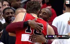 Christmas hug from Pau Gasol and Kobe Bryant  #lakers #bulls