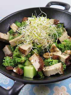 Ptite salade de curly kale au tofu fumé salades composees 42 recettes vegetariennes recettes legeres 3 theme
