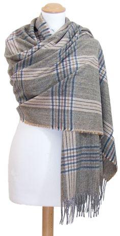 795 meilleures images du tableau inspiration foulards echarpes en ... 94aa85f448f
