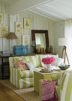 love the stripes and the pop of pink