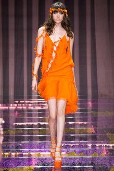 Atelier Versace Fall 2015 Couture Fashion Show - Grace Hartzel (Next)