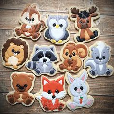May the FOREST be with you. ✌ #creeativecookies #decoratedcookies #forestcookies #forestanimals #forestanimalscookies #forestcreatures #creaturecookies #charactercookies #characterdesign #decoratedsugarcookies #cookieart #cookiesofinstagram #cookiestagram #owlcookies #foxcookies #bearcookies #squirrel #chipmunk #hedgehog #skunk #bunny #racoon #moose #kawaii #kawaiicookies #fullybooked #tilfebruary #2017