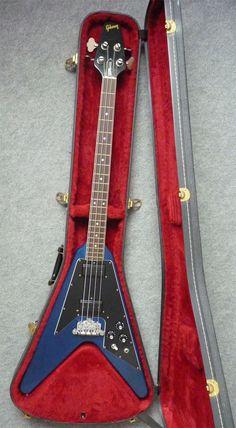 Gibson 1981 Flying V Bass, Transparent Blue | eBay 339.000,00 € *Hust*