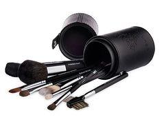 Www.youniqueproducts.com/anaobregon Completo sistema de cepillo Inicie la aplicación de maquillaje mañana de la derecha, utilizando todos los oculares y faciales cepillos Younique. Compra todo el conjunto y ahorrar más de un 10% de descuento en el precio de venta individual.
