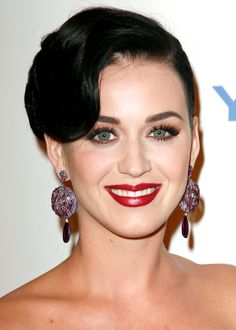 Katy Perry's total glam look / Le look glamour de Katy Perry