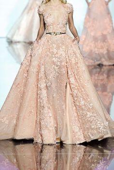 runwayandbeauty:  Zuhair Murad Spring/Summer 2015, Paris Fashion Week.
