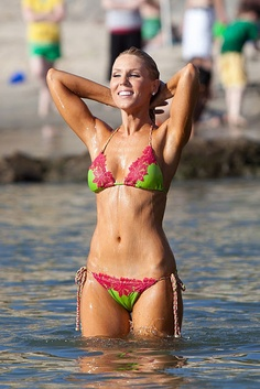 1000+ images about Swim suits on Pinterest | Swimsuits, Bikinis ...