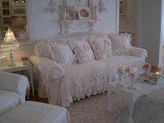 Shabby Chic Furniture Archives - Home Style Corner Shabby Chic Couch, Shabby Chic Zimmer, Shabby Chic Mode, Romantic Shabby Chic, Shabby Chic Living Room, Shabby Chic Cottage, Vintage Shabby Chic, Shabby Chic Style, Shabby Chic Furniture