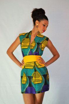 Gorgous African Print Dress Ohemaa par MalaikaDesignsBerlin sur Etsy, €99.00