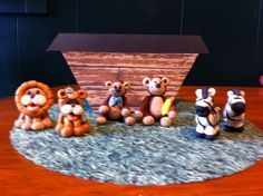 Noah Ark with critters