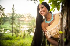 Today in Disney History, Pocahontas made her debut. Read more here. Pocahontas Cosplay, Disney Pocahontas, Disney Cosplay, Disney Princesses, Pocket Princesses, Walt Disney Parks, Disney Parks Blog, Shanghai Disney Resort, Tokyo Disney Sea