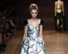 París Haute Couture FW 2013-2014: #Desfile de Oscar Carvallo