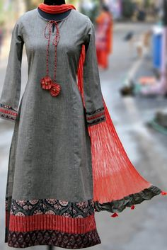 Buy Maati Crafts Gray Cotton Printed Anarkali Kurti online in India at best price.this is a stanza kurta, a poetic form that has 3 lines! this kurta can be teamed with straight pants, Kurti Neck Designs, Dress Neck Designs, Salwar Designs, Blouse Designs, Pakistani Dresses, Indian Dresses, Indian Outfits, Indian Attire, Indian Wear