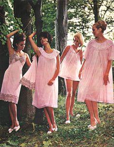 Sixties Fashion, Retro Fashion, Vintage Fashion, Gothic Fashion, Classic Lingerie, Retro Lingerie, Lingerie Styles, Baby Doll Pajamas, Sexy Bh