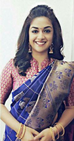 Hari style for sarees Silk Saree Blouse Designs, Saree Blouse Patterns, Designer Blouse Patterns, Blouse Neck Designs, Blouse Styles, Silk Sarees, Kanjivaram Sarees, Indian Sarees, Saree Hairstyles