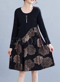 Discover latest and fashionable ladies dresses, long sleeve dresses, printed dresses, black dresses and more stylish best dresses for women. Hot dresses all on Ezpopsy. Linen Dresses, Casual Dresses, Girls Dresses, Shift Dresses, Dress For Girl Child, Stylish Outfits, Fashion Outfits, Simple Kurti Designs, Dress Vestidos