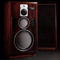 Technics' first monitor speaker system Hifi Stereo, Audio Amplifier, Hifi Audio, Audio Speakers, Audiophile, Floor Speakers, Monitor Speakers, Home Speakers, Audio Design