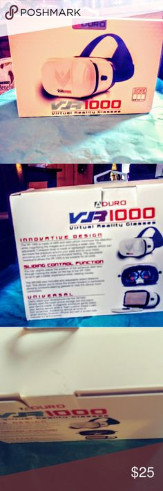 VR1000 Virtual Reality Glasses Suitable for 4.7-6.0 inches smartphones. The 3D glasses features a lightweight fully closed design. 360 degree panoramic views.Supports both Android and IOS VR apps. New. Still in sealed box. DURO Other