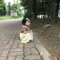 Cute Asian Babies, Korean Babies, Cute Little Baby, Little Babies, Cute Babies Photography, Cute Baby Girl Pictures, Ulzzang Kids, Baby Fever, Cute Kids