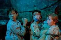 Still of Harry Newell, Freddie Popplewell and Carsen Gray in Peter Pan. (2003)