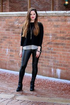 A black on black look that we love!