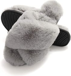Fluffy Sandals, Shower Slippers, Fuzzy Slides, Great Gifts For Girlfriend, Spring Sandals, Fashion Jackson, Womens Slippers, Memory Foam, Indoor Outdoor