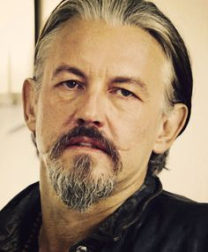hawt damn he is so sexy. Tommy Flanagan, Scottish Actors, British Actors, Sons Of Anarchy Mc, Sons Of Arnachy, Beloved Movie, Charlie Hunnam Soa, Favorite Son, Hot Actors