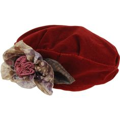 GREVI Hats - Item 46260388 ($65) ❤ liked on Polyvore featuring accessories, hats, headwear, red, sombreros, red hat, red beret hat, red beret, flower hat and grevi