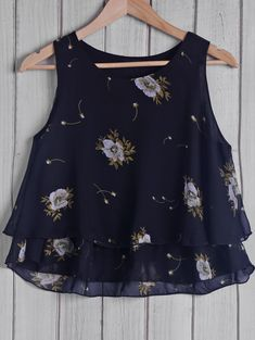 Trendy Round Collar Floral Print Chiffon Women's Tank Top Trendy Round Collar Floral Print Chiffon W Floral Print Skirt, Print Chiffon, Chiffon Tops, Floral Chiffon, Sewing Blouses, Casual Skirt Outfits, Ladies Dress Design, Blouse Designs, Cute Dresses